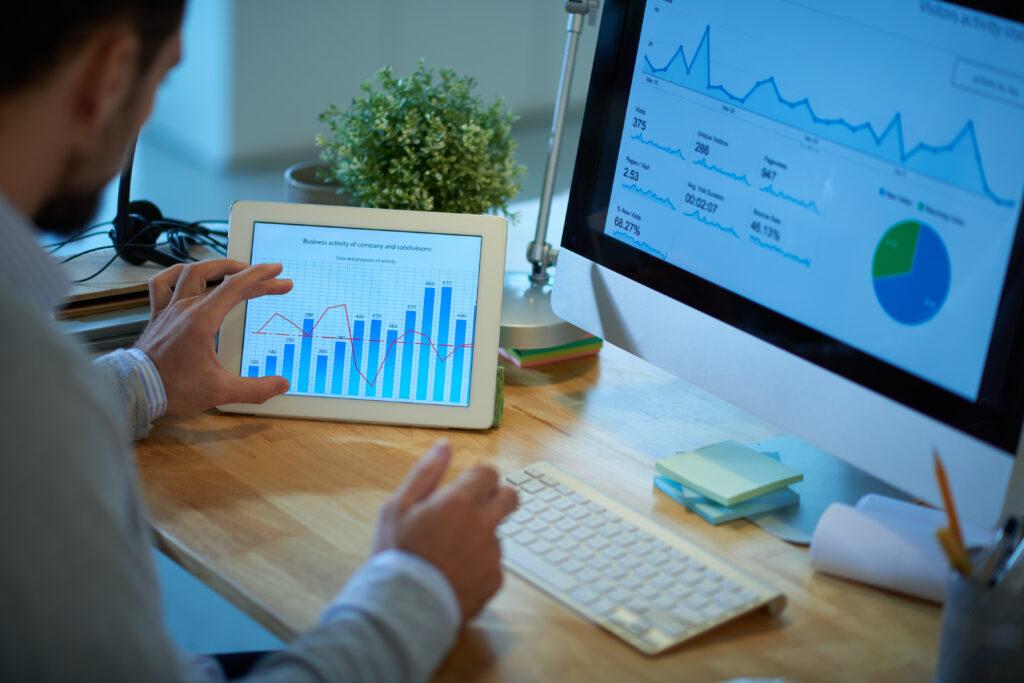 IT specialist analyzing statistics